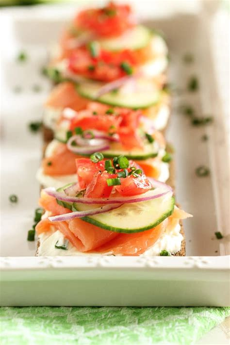 canape s smoked salmon canapes with chive cheese