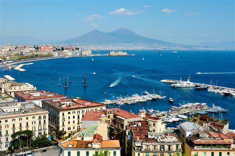 The Architecture Of Naples Italy Ingenious Travel