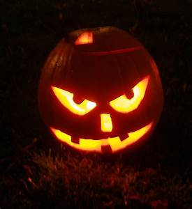 Comment Faire Une Citrouille Pour Halloween : comment decorer des citrouilles ~ Voncanada.com Idées de Décoration