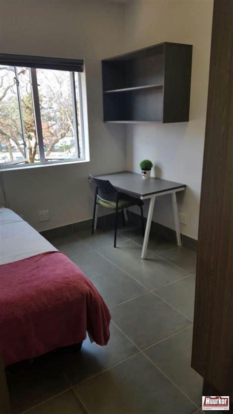 flat  rent  hatfield pretoria gauteng    month