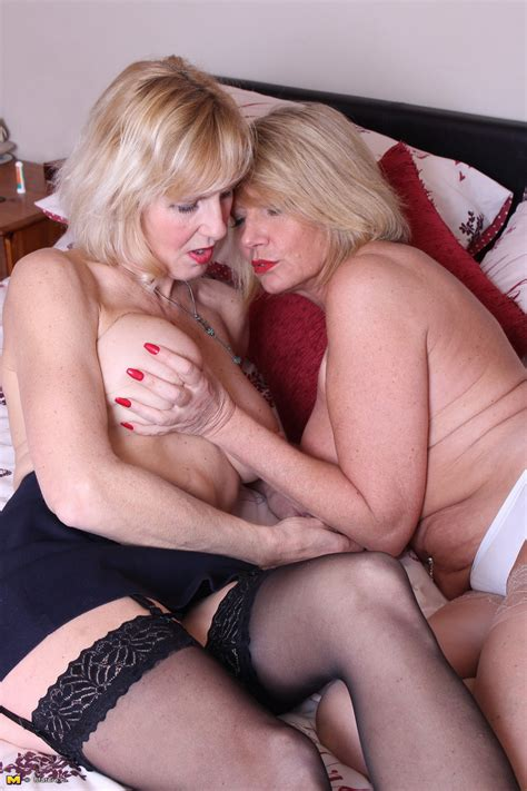 Mature British Ladies Undress Each Other For First Time