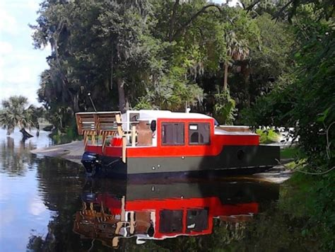 Shanty Boat by A Diy Shantyboat You Can Rent In Florida