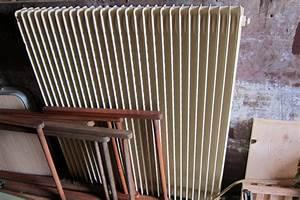 Plaque De Cheminée En Fonte Le Bon Coin : puissance ancien radiateur acier ~ Farleysfitness.com Idées de Décoration