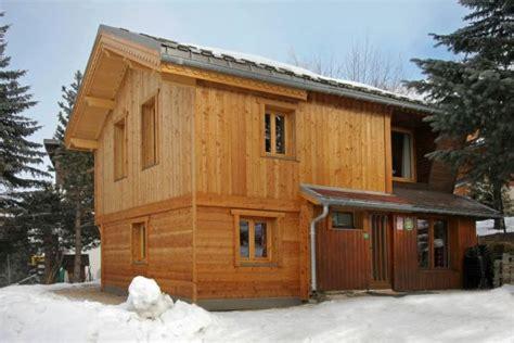 chalet le poucet chalet 7 personnes les 2 alpes location appartement 233 t 233 les 2 alpes 1650