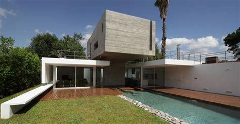 concrete bunker house bunker house built around a pool by estudio botteri connell homeli