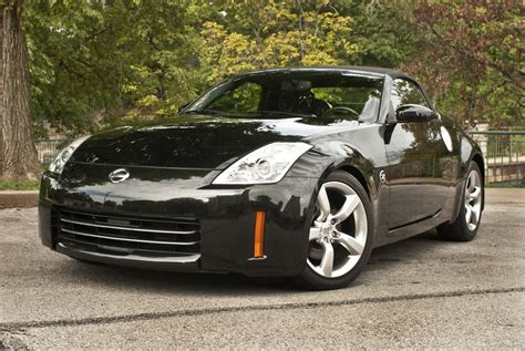 2009 Nissan 350z Photos, Informations, Articles