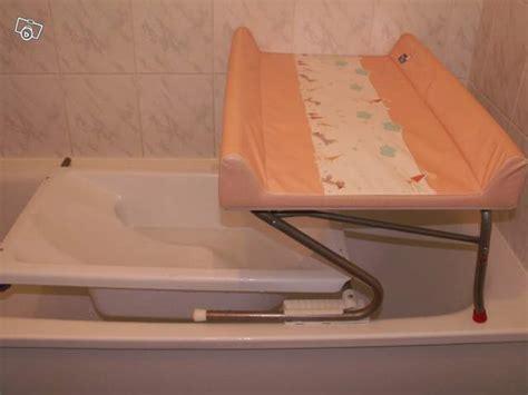 si鑒e pour baignoire table à langer avec baignoire adaptable sur baignoire
