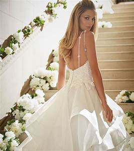 whats the average cost of a wedding dress easy weddings With average wedding dress cost