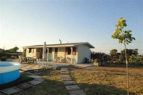 ein ruhiges haus villa menta ein gem 252 tliches ruhiges haus neben dem strand around