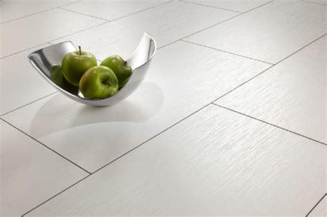 Neue Fußböden Für Bad Und Küche