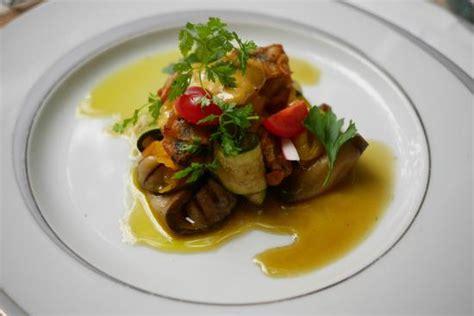 plat veau picture of le bistronomique la seyne sur