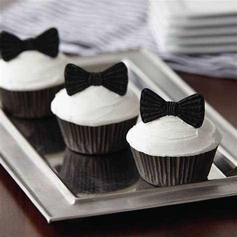 ideas  tuxedo cupcakes  pinterest bachelor couples   bride