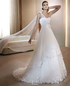 white lace wedding dress the best white lace wedding dress with transparent shawl wedding dress