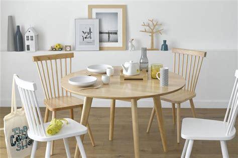 ou trouver une jolie chaise  barreaux scandinave en bois