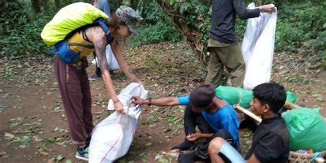 Aborsi Obat Semarang 5 Aksi Orang Bule Di Indonesia Bikin Kagum Dan Diacungi