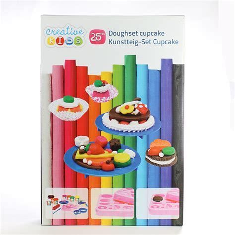 pate a modeler patisserie kit cupcake jeu enfant p 226 te 224 modeler pour pr 233 paration de cupcakes maison fut 233 e