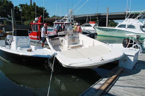 Boat Wreck Pictures by Photos Boat Goes Airborne In Wreck At Local Marina
