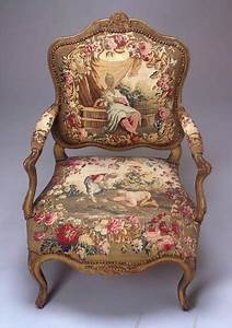 Seat Beauvais : louis xv armchair gilt walnut and beauvais silk tapestry circa 1740 amazing furniture ~ Gottalentnigeria.com Avis de Voitures