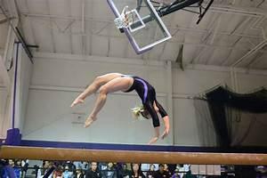 Women's Gymnastics Posts A Total Of 193.400 At New ...