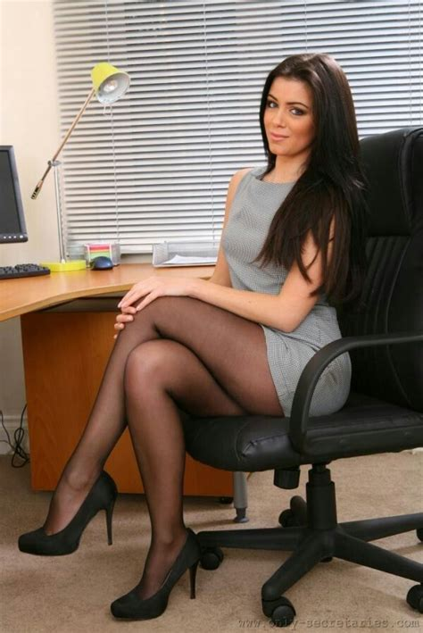 687 Best Pantyhose And Stockings Legs Images On Pinterest