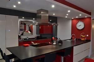 cuisine noir et blanc laque 2 laque blanc rouge et noir With cuisine moderne noir et blanc