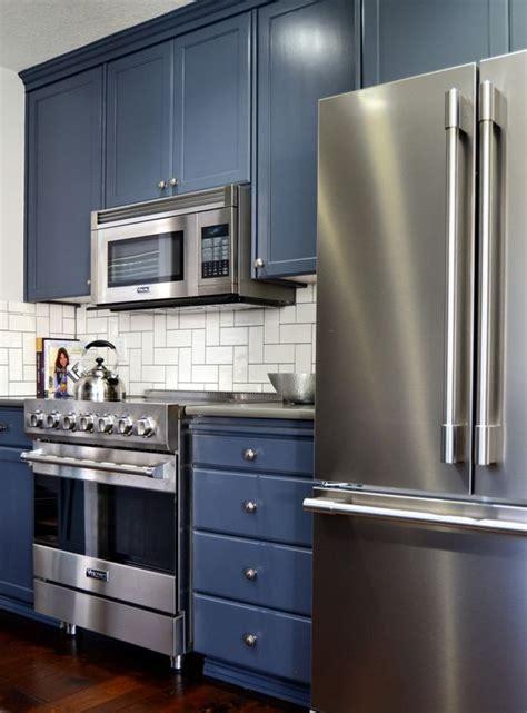 benjamin advance kitchen cabinets 25 best ideas about benjamin paint on 7630