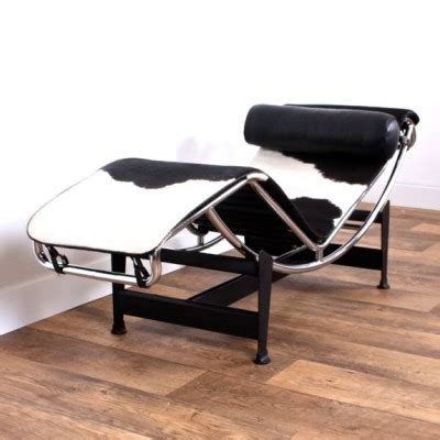 chaise sixties lc4 chaise longue lounge chair by le corbusier for cassina