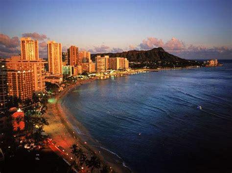 honolulu night nightlife things hawaii waikiki diamond head aliamanu gr middle 8th 7th versa vice cities visit which food