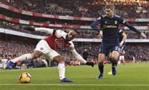 Arsenal Edition 01 arsenal start 2019 with 4 1 victory fulham