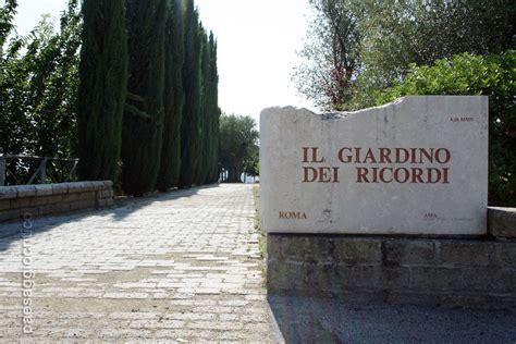 Il Giardino Dei Ricordi Al Cimitero Flaminio  Prima Porta