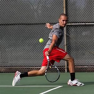 Men's and women's tennis endure a rough season | The Telescope