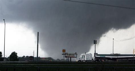 deadly dixie alley focus   tornado chasing campaign