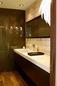 Modern, Neutral, Bathroom, With, Tile, Backsplash