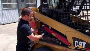 Raise And Lower Lift Arms On Cat 226b Skid Steer Loader