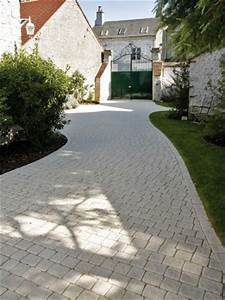 une allee stylee pour mon jardin pave carrossable allee With dalle pour allee de garage