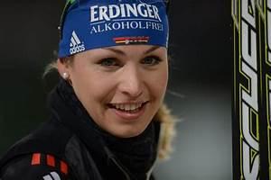 Magdalena Neuner Playboy : magdalena neuner torna nel mondo del biathlon sar ~ Lizthompson.info Haus und Dekorationen