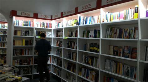 Libreria A Napoli by Nuova Apertura Per Mooks A Napoli Apre La Libreria