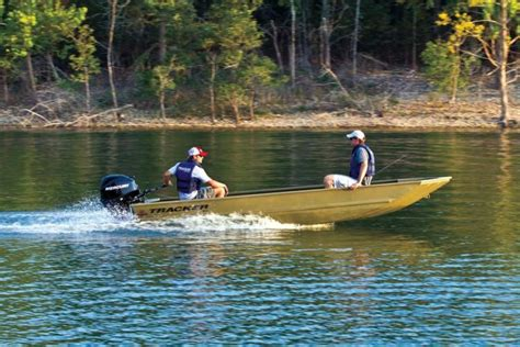 Grizzly Boat Specs by Research 2013 Tracker Boats Grizzly 1648 Jon On Iboats