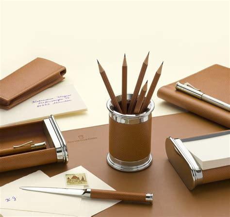 les accessoires de bureau gvfc set d 39 accessoires de bureau cuir epsom grainé