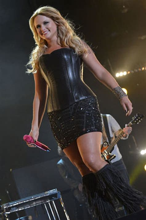 miranda lambert  sexiest female country stars