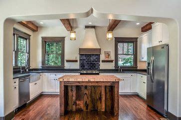 images of country kitchens 96 best tudor kitchen images on kitchens 7486