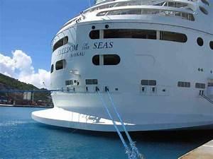 CruiseFellows.com 2012-10-21 - Royal Caribbean - Freedom ...