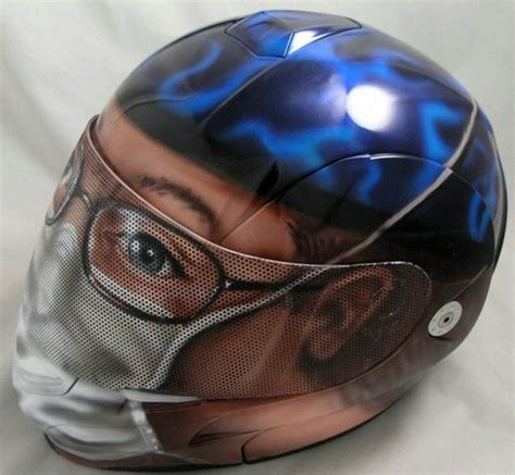25 Cool Motorcycle Helmets  Now That's Nifty