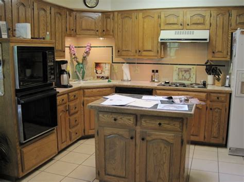 small kitchen design  island  perfect