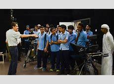 طلبة مدرسة عجمان الخاصة يزورون جامعة عجمان