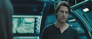 HD Photo- Tom Cruise as Ethan Hunt in Mission - Impossible...