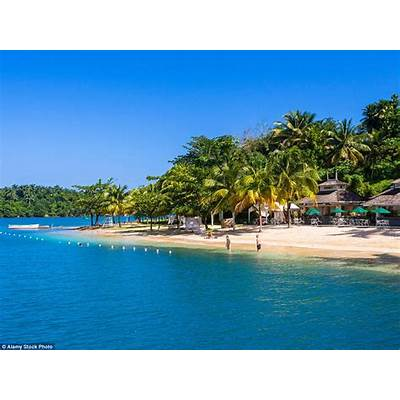 Holiday like Beyonce and Scarlett Johansson at Jamaica's