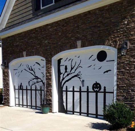 Decorating Ideas For Door by Awesome Garage Door Decorating Ideas For