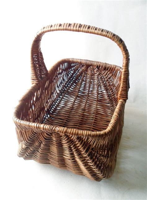 Vintage Kitchen Original Traditional Wicker Shopping