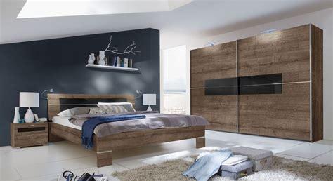 Design Schlafzimmer schlafzimmer komplett aus schlammeiche dekor und glas surano